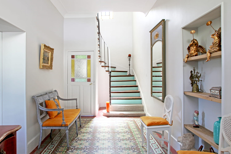 Entrée de la maison: décorer et aménager cette pièce de passage