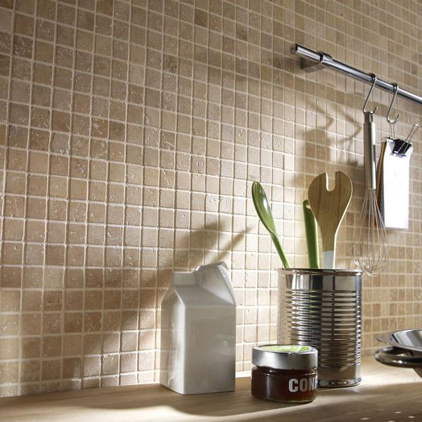 du sol aux murs une cuisine comme neuve. Black Bedroom Furniture Sets. Home Design Ideas