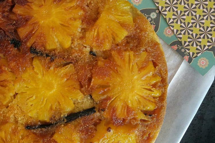 Gâteau inversé et épicé à l'Ananas Victoria