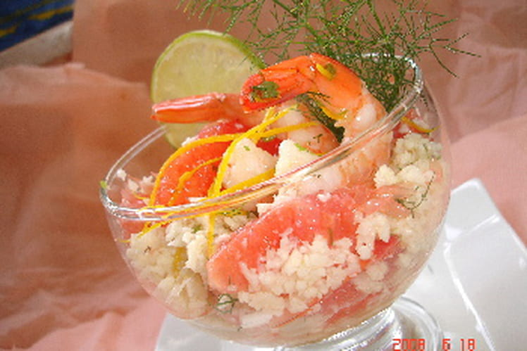 Taboulé de chou-fleur au pamplemousse et crevettes