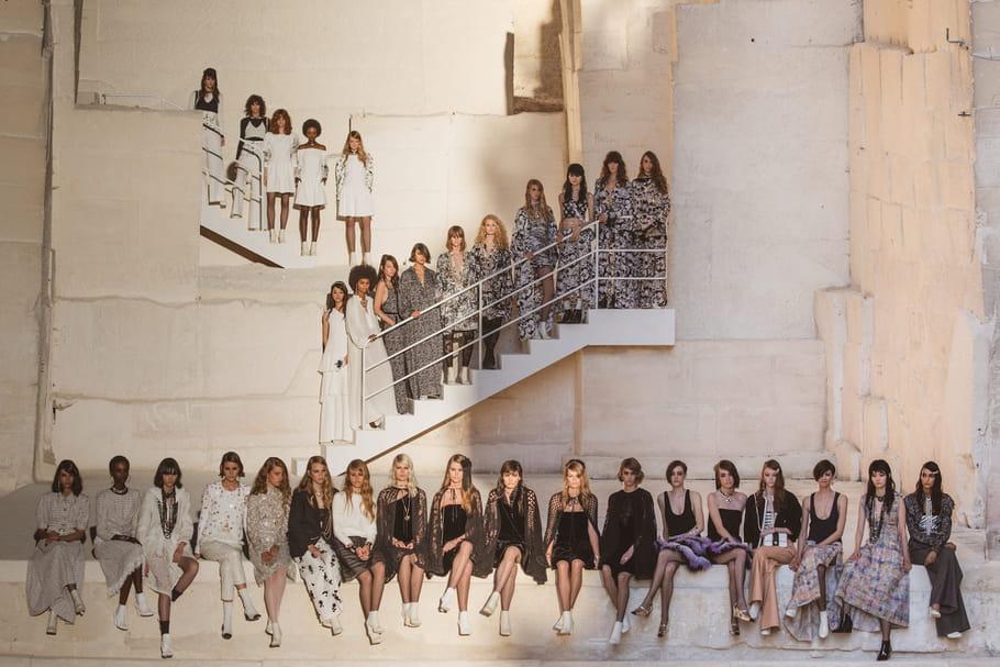 Défilé Chanel Croisière 2021-2022: influences rock en Provence