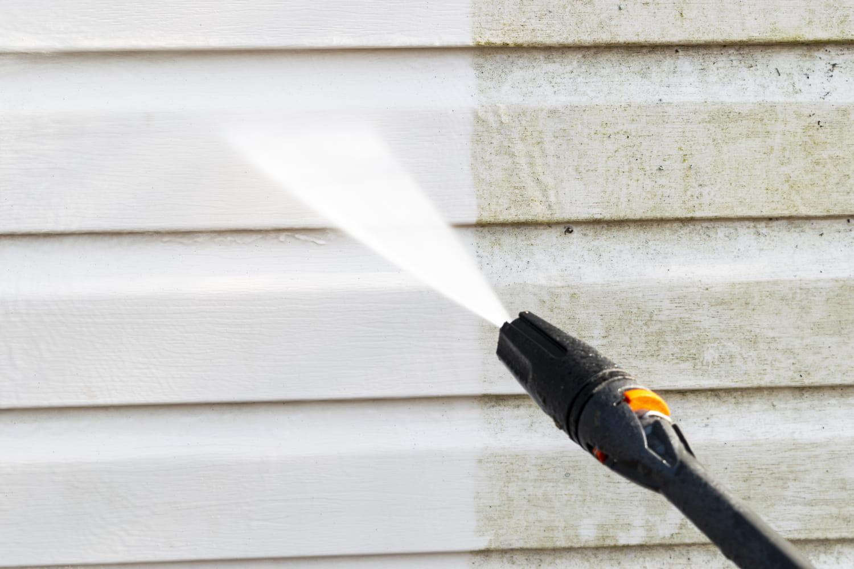 Comment nettoyer sa façade de maison?