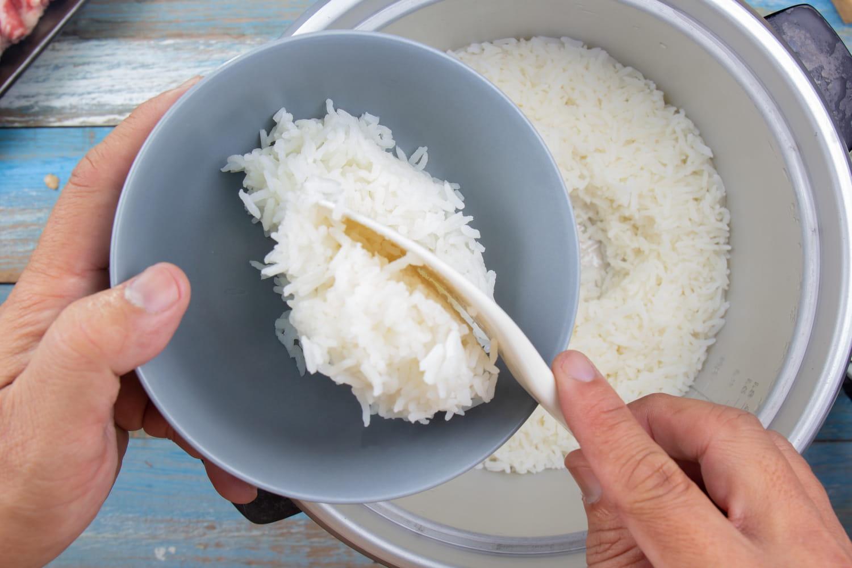 Comment cuire du riz à l'avance?