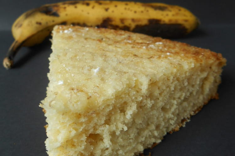 Gâteau moelleux et express à la banane