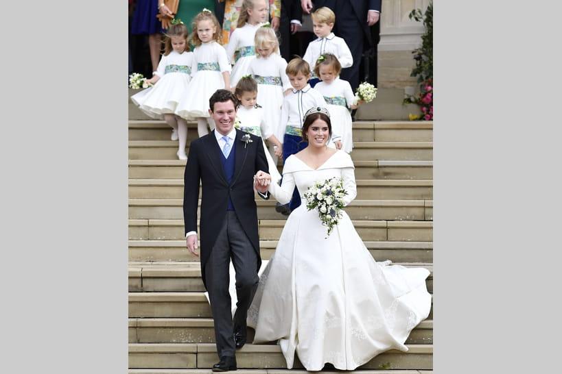 Coloriage Princesse Robe Mariee.Mariage Royal Les Plus Belles Robes Des Princesses