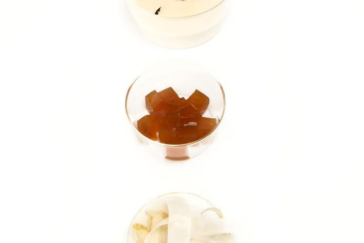 Soupe d'asperges blanches gelée au thé Darjeeling