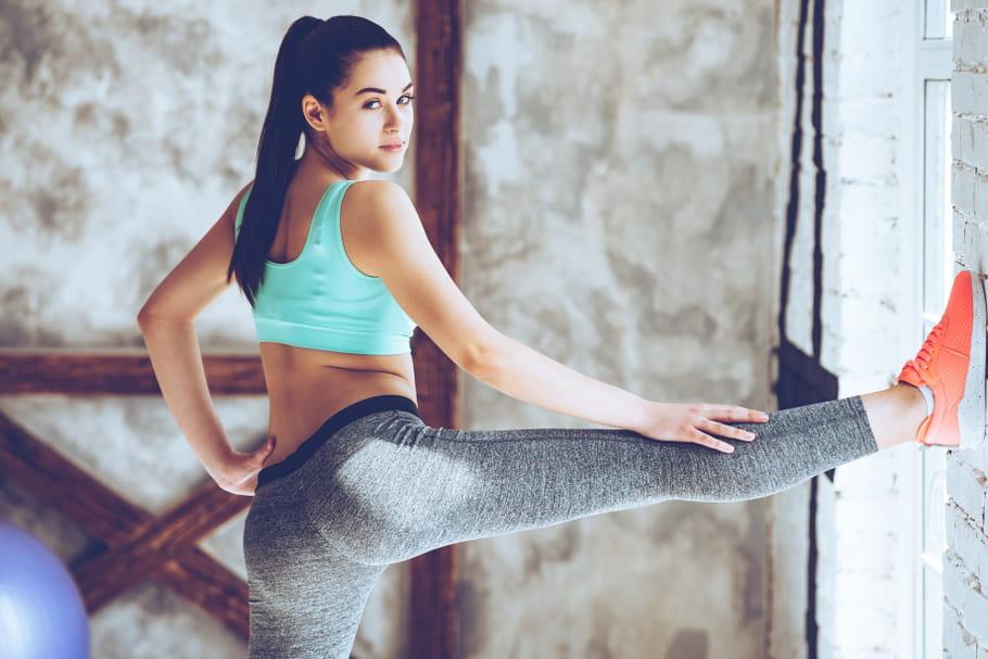 Legging, brassière, baskets: bien choisir sa tenue de sport