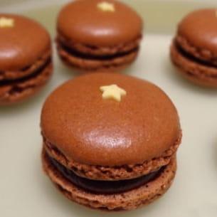 macaron chocolat coeur caramel