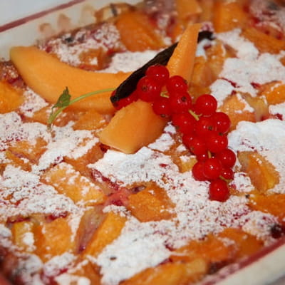 clafoutis au melon et groseilles à la vanille