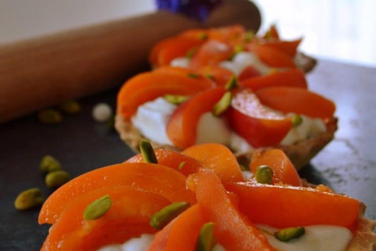 Tartelettes aux abricots et frangipane de pistaches