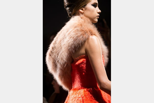 Fendi Couture (Close Up) - photo 8