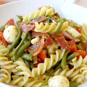salade de fusili aux couleurs de l'italie