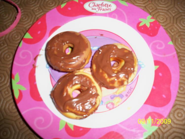 recette de mini donuts au nutella la recette facile. Black Bedroom Furniture Sets. Home Design Ideas