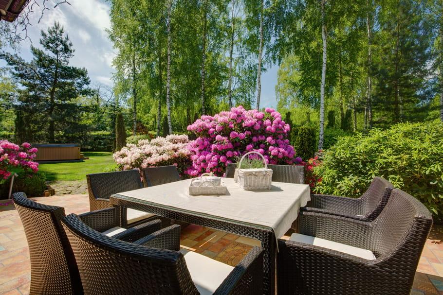Meilleur salon de jardin en résine tressée: notre sélection bons plans