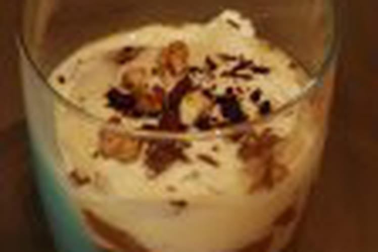 Poires pochées et caramel au gingembre