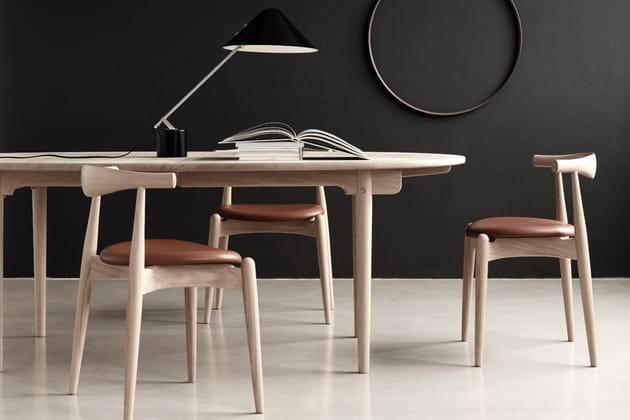 Table CH 338de Carl Hansen