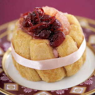 charlotte aux pamplemousses roses et cranberries