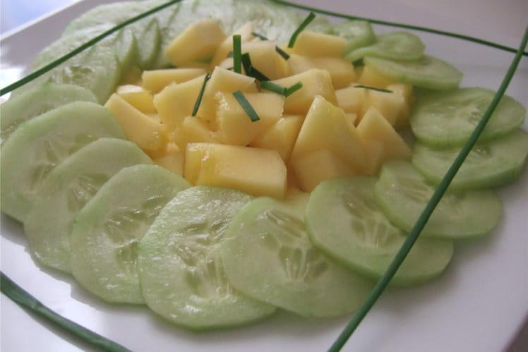 Salade de concombre et de mangue