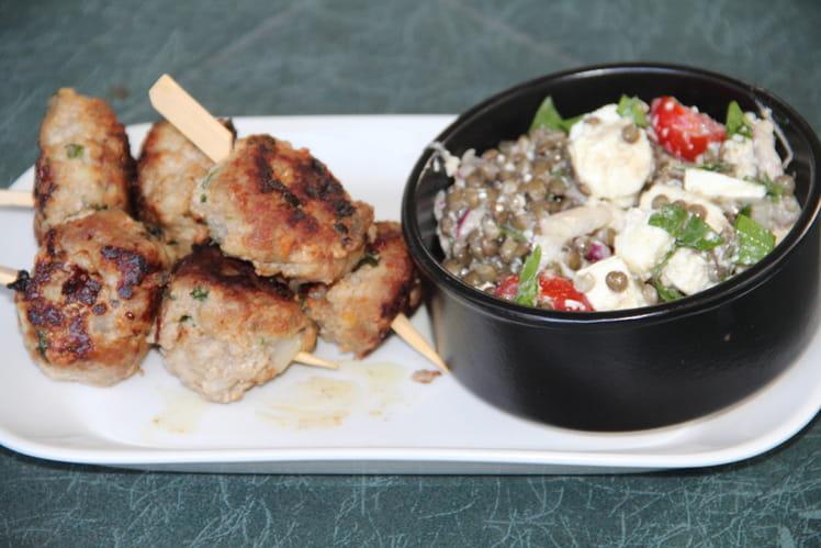 Brochettes kefta de veau, salade de lentilles