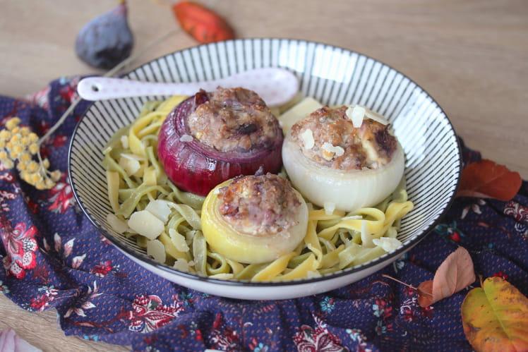 Oignons farcis viande hachée, fromage frais et figues