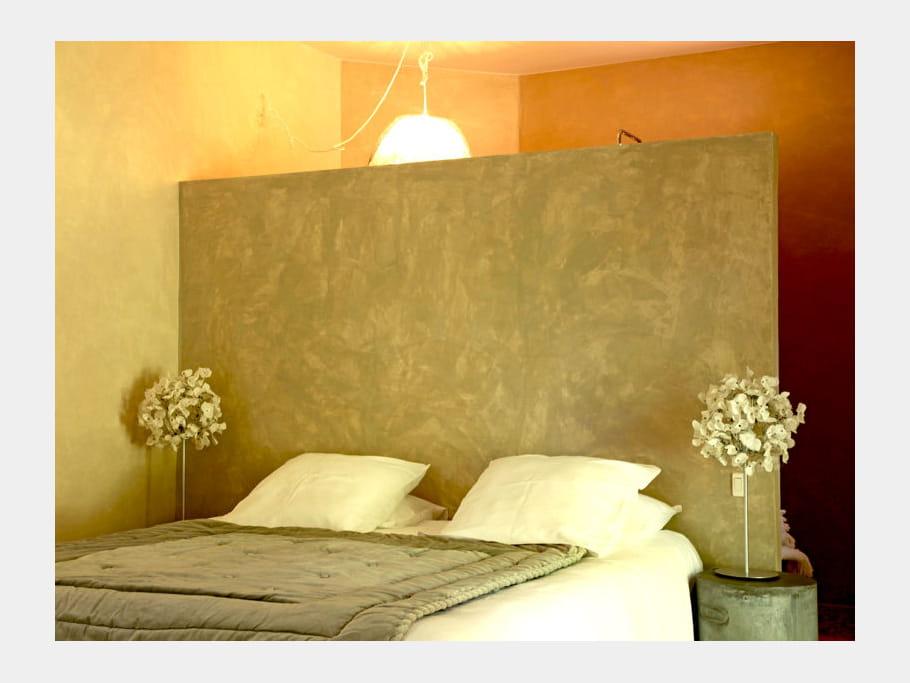 T te de lit la chaux 65 id es originales pour refaire for Refaire sa chambre a coucher