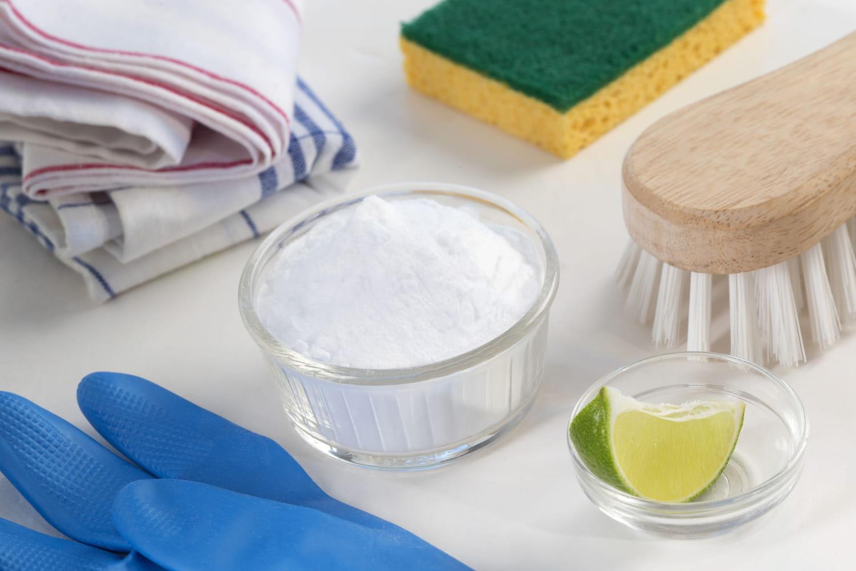 Bicarbonate de soude: voici ce qu'il peut nettoyer dans la maison