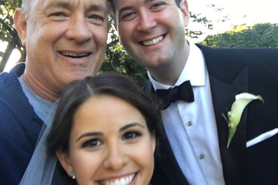 Tom Hanks s'invite sur des photos de mariage