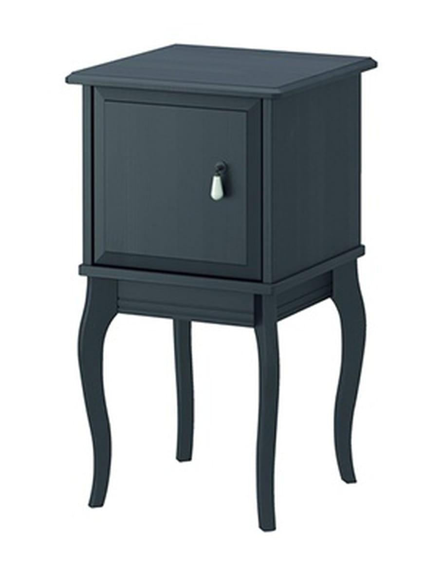 petit chevet. Black Bedroom Furniture Sets. Home Design Ideas