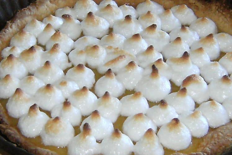 Recette de tarte au citron joliment meringu e la recette facile - Tarte au citron meringuee facile et rapide ...
