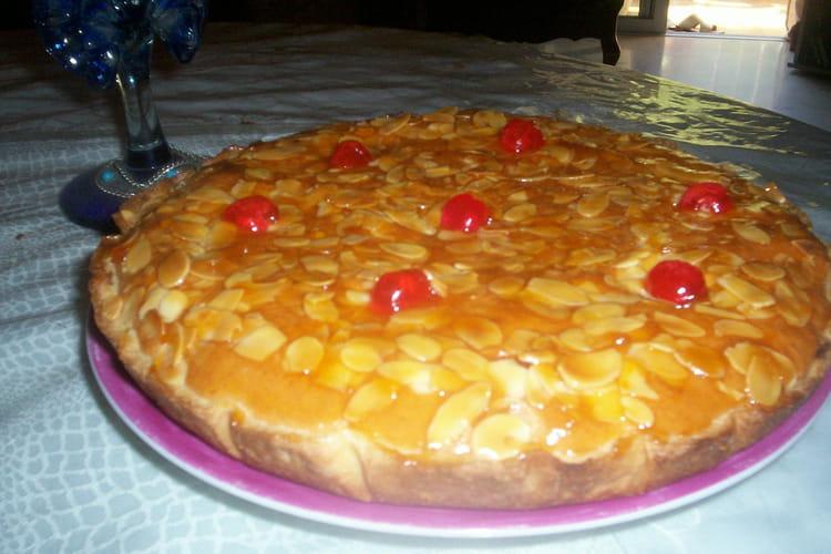 Tarte amandine à la confiture d'abricot