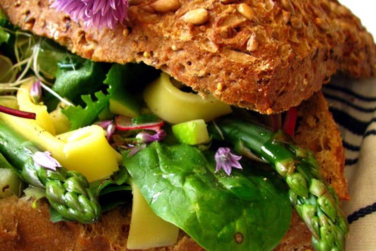 Lunch bread Comté