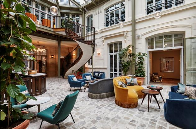 Le lobby de l'hôtel The Hoxton à Paris