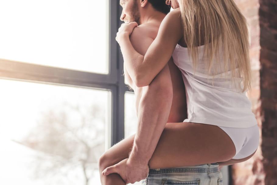 En coloc' avec un autre couple, notre vie sexuelle intrigue