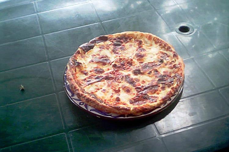 Tarte aux poivrons grillés, parmesan et mozzarella