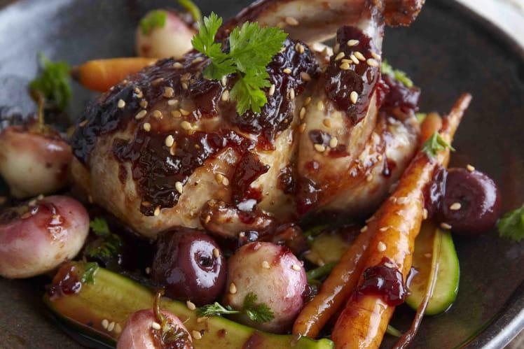Cailles laquées à la Confiture de Cerises Noires et légumes rôtis