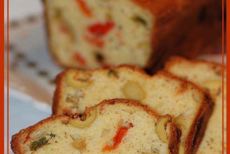Cake aux poivrons et aux olives