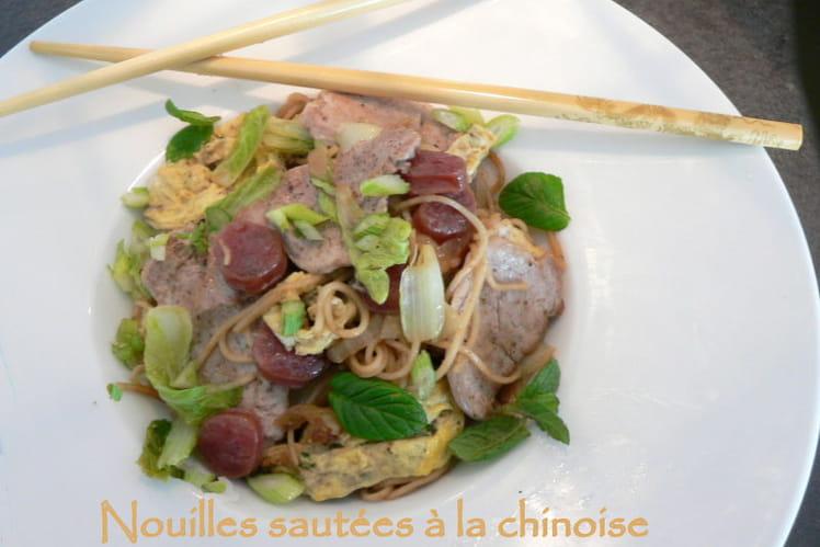 Nouilles sautées à la chinoise
