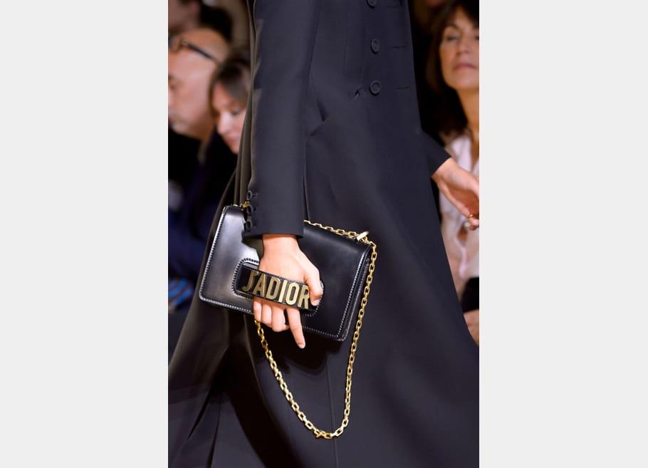 Christian Dior (Close Up) - photo 31