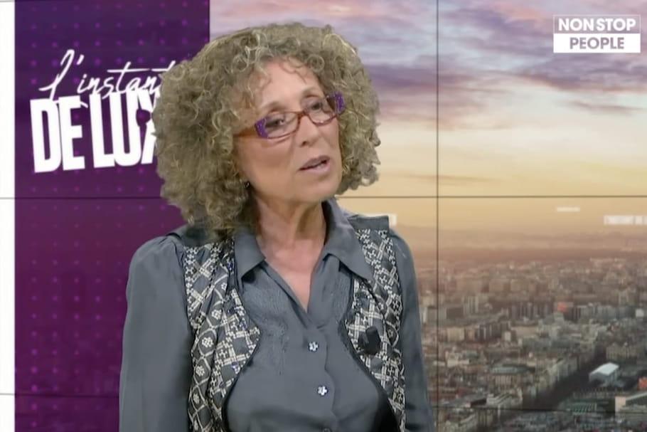"""Mireille Dumas se confie: salaire, couple """"explosif"""", mort d'un enfant..."""