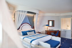 chambre-hotel-new-port-bay-club