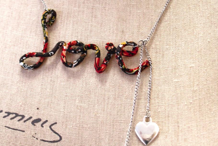 diy le collier love pour la saint valentin. Black Bedroom Furniture Sets. Home Design Ideas