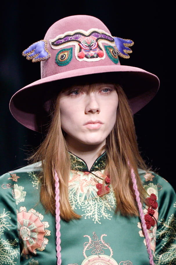 Le chapeau totem du défilé Gucci