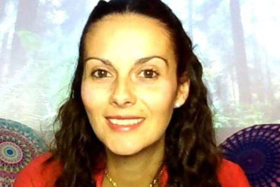 Meurtre d'Aurélie Vaquier: Mystère des chaussons, Soupçons sur Samire et Tensions de Couple