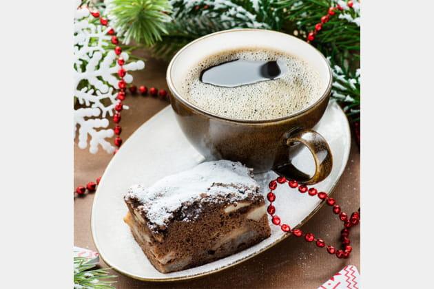 Après un repas copieux, il faut prendre un café