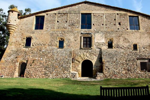 Une maison comme un ancien fort