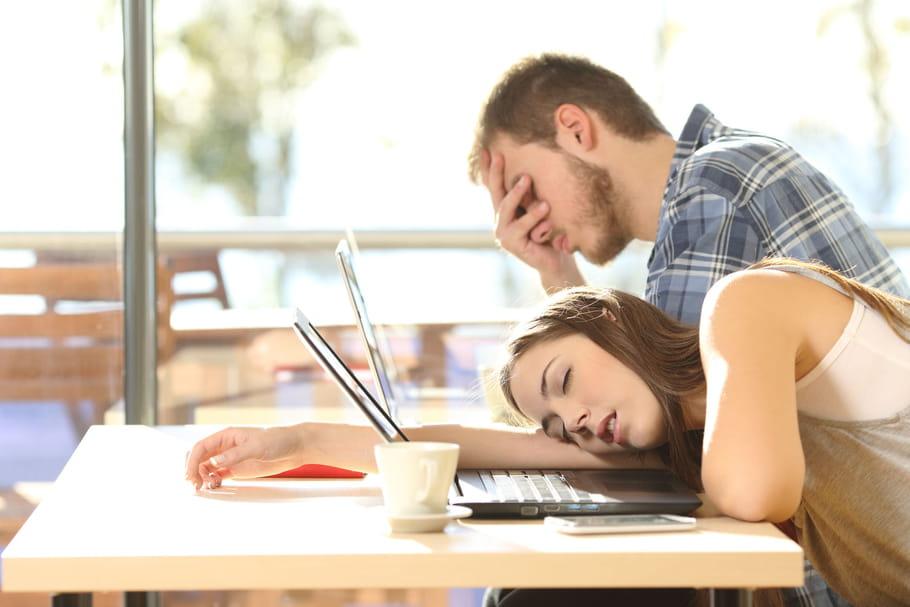 9jeunes sur 10manquent de sommeil et ils s'en plaignent!