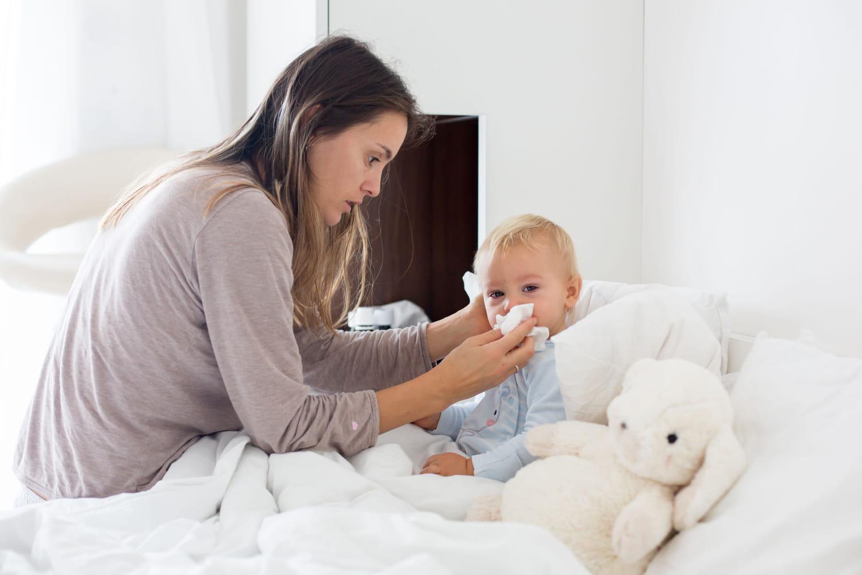 Bébé a le nez bouché: que faire?