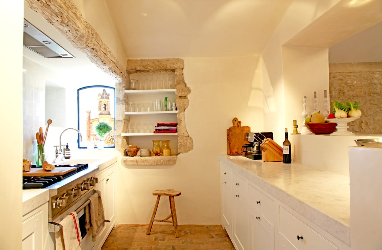 une cuisine campagne authentique. Black Bedroom Furniture Sets. Home Design Ideas