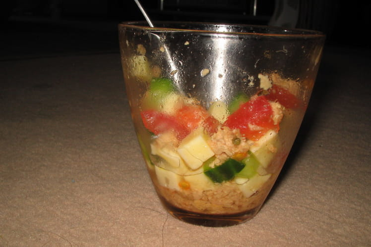 Verrines tomate, concombre et thon