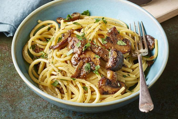 Spaghetti carbonara aux champignons